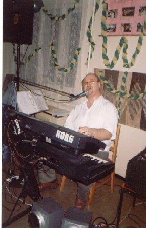 bal2004zene
